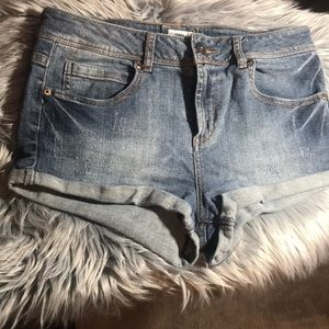 Forever 21 Hot Pants / Jean Shorts